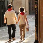 happy-couple-in-san-fermin-pamplona